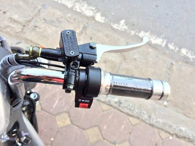 tay ga xe đạp điện Nijia 2014 phanh đĩa kiểu mới kèm theo củ dầu của phanh đĩa